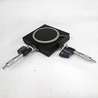 デジタルマイクロメータ付きXYテーブル