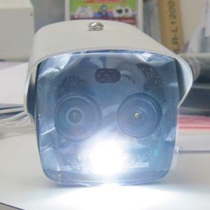 監視カメラ型体温測定用サーモグラフィーカメラ